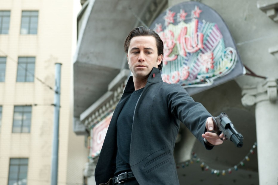 looper-2012-rian-johnson-02.jpg