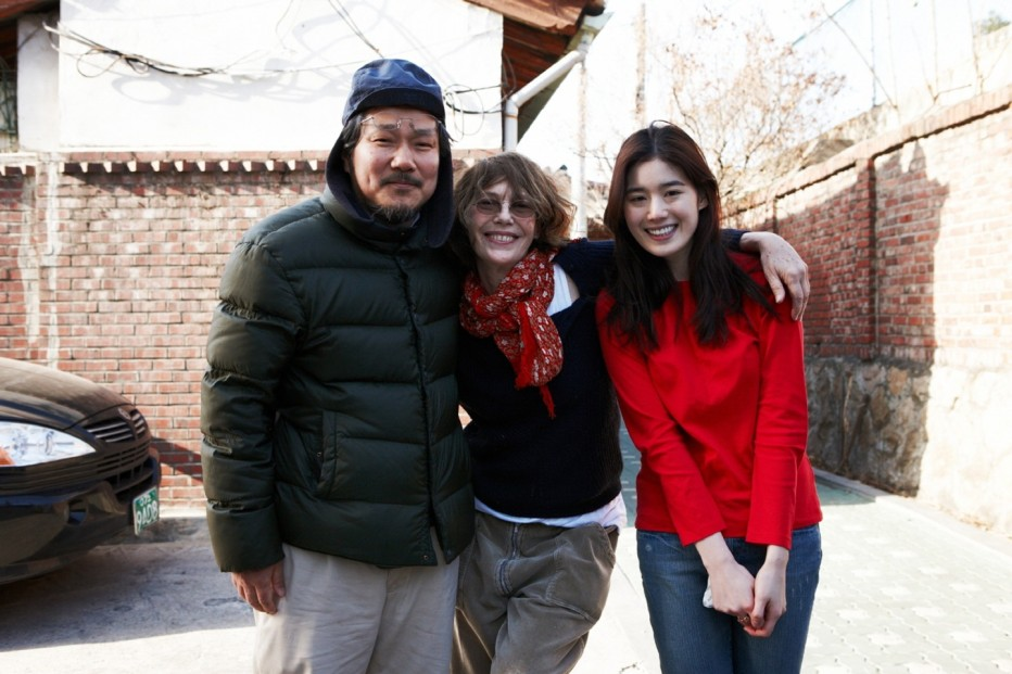 nobody-s-daughter-haewon-2013-hong-sang-soo-31.jpg