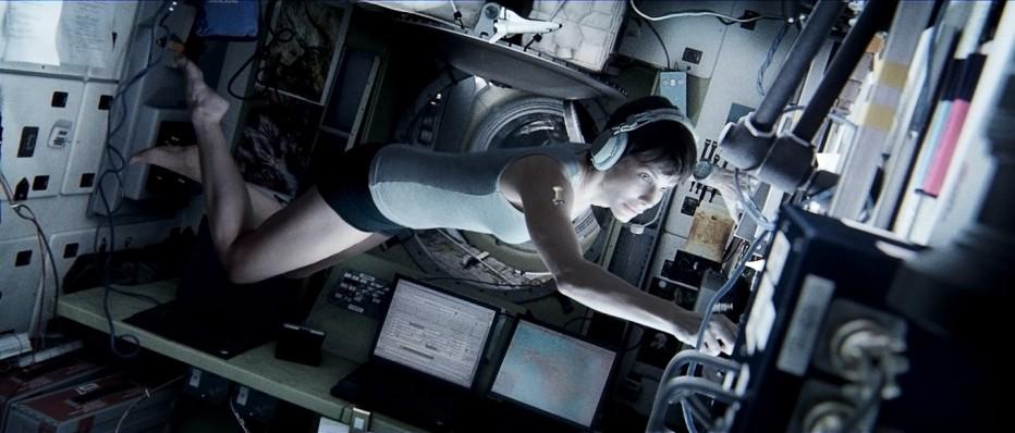 gravity-2013-cuaron-01.jpg