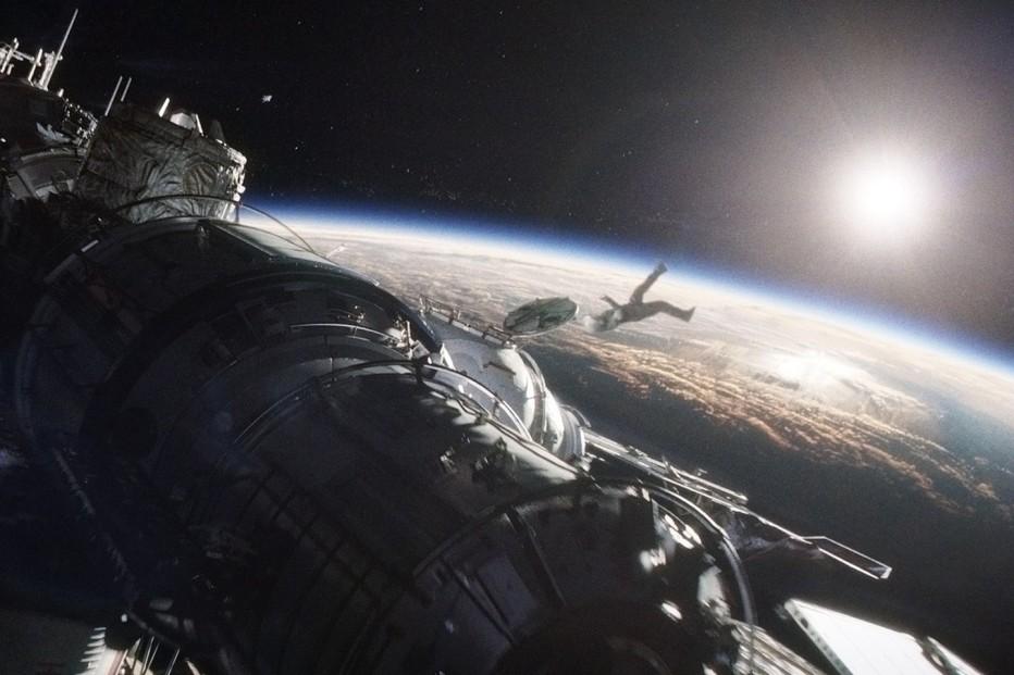 gravity-2013-cuaron-13.jpg