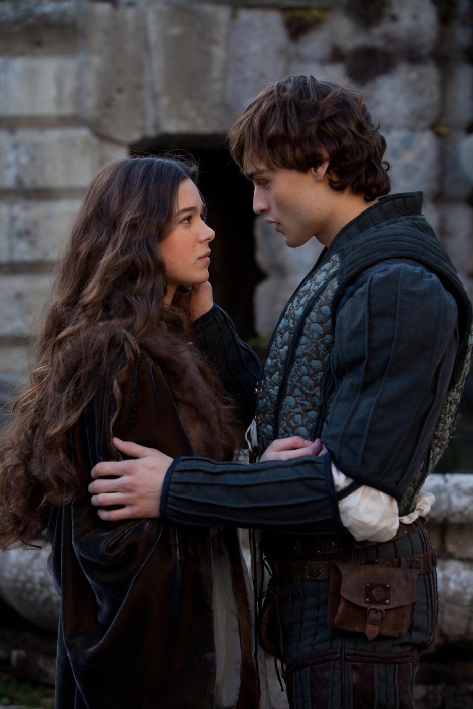Romeo-Juliet-2013-Carlo-Carlei-31.jpg