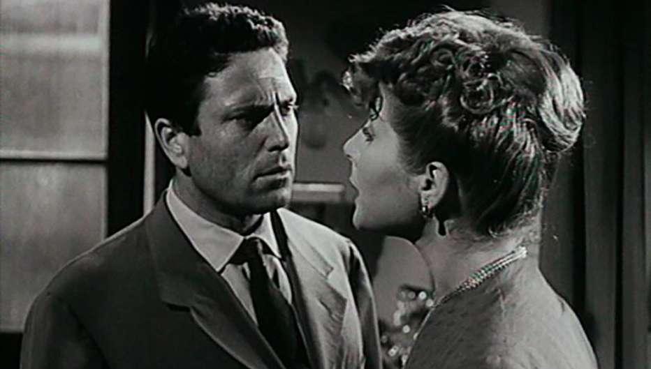 Gli-eroi-della-domenica-1952-Mario-Camerini-01.jpg