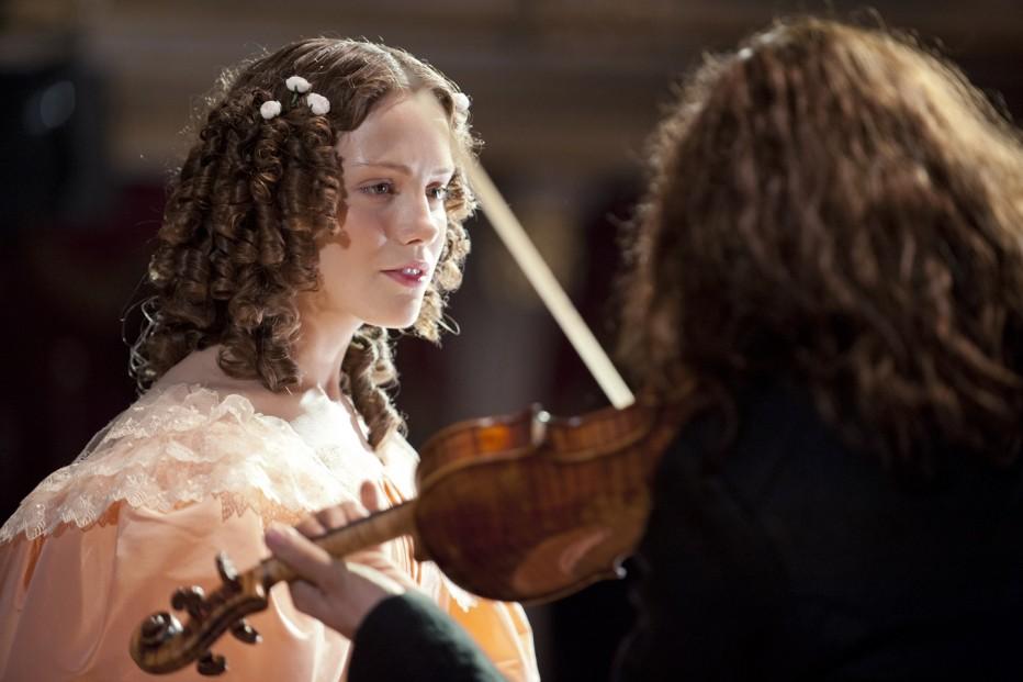 il-violinista-del-diavolo-2013-bernard-rose-04a.jpg