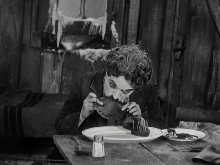 the-gold-rush-la-febbre-dell-oro-1925-charlie-chaplin-07.jpg