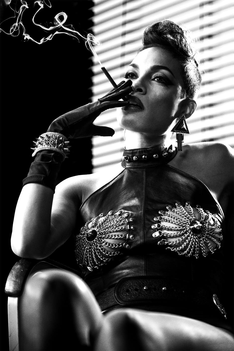 Sin-City-Una-donna-per-cui-uccidere-2014-Frank-Miller-Robert-Rodriguez-29.jpg