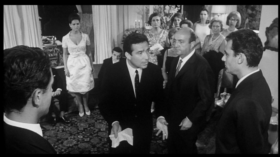 il-magnifico-cornuto-1964-antonio-pietrangeli015.jpg