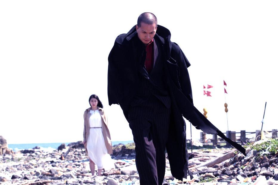 yakuza-apocalypse-gokudo-daisenso-2015-takashi-miike-04.jpg