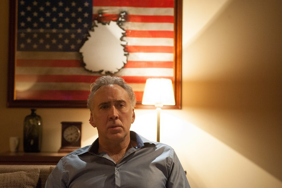 Il-nemico-invisibile-2014-Dying-of-the-Light-Paul-Schrader-25.jpg