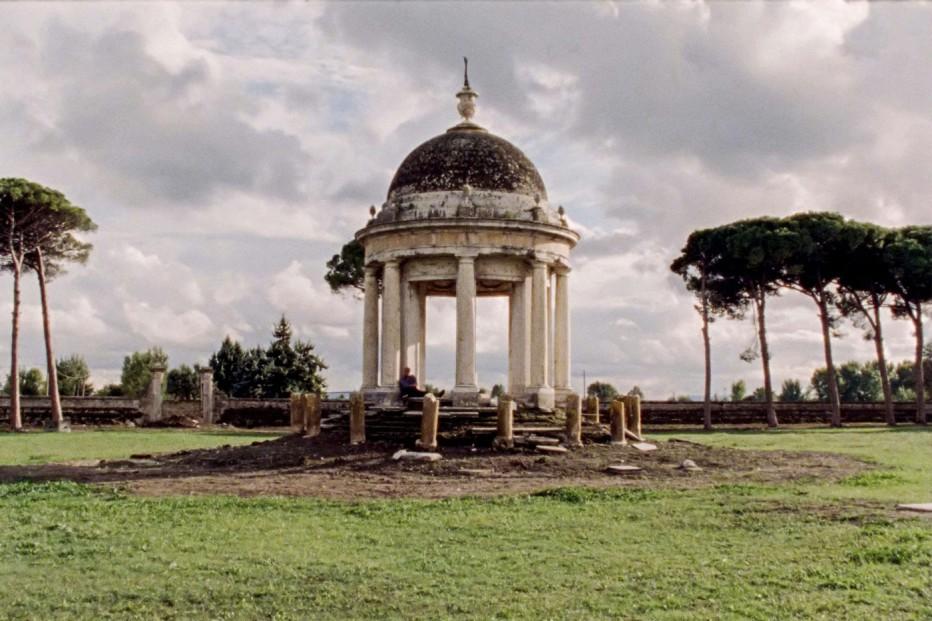 Bella-e-perduta-2015-Pietro-Marcello-02.jpg