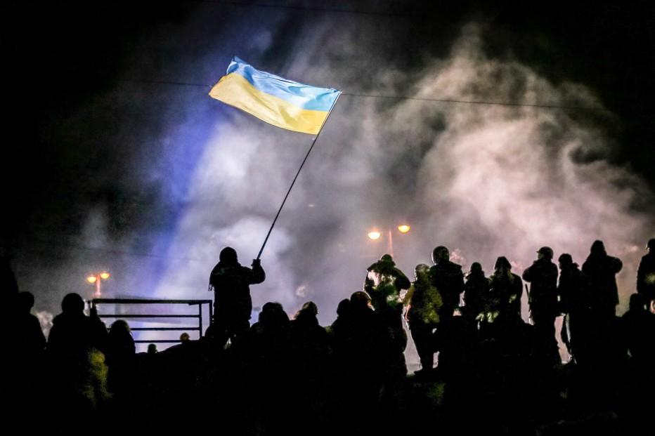 winter-on-fire-2015-Evgeny-Afineevsky-004.jpg