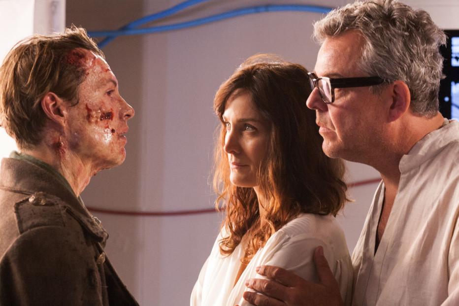 Frankenstein-2015-Bernard-Rose-02.jpg