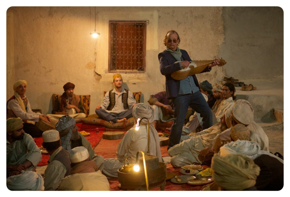 rock-the-kasbah-2015-barry-levinson-020.jpg