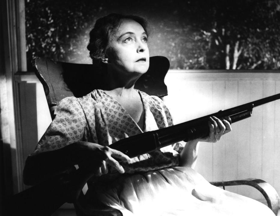 la-morte-corre-sul-fiume-1955-the-night-of-the-hunter-charles-laughton-14.jpg