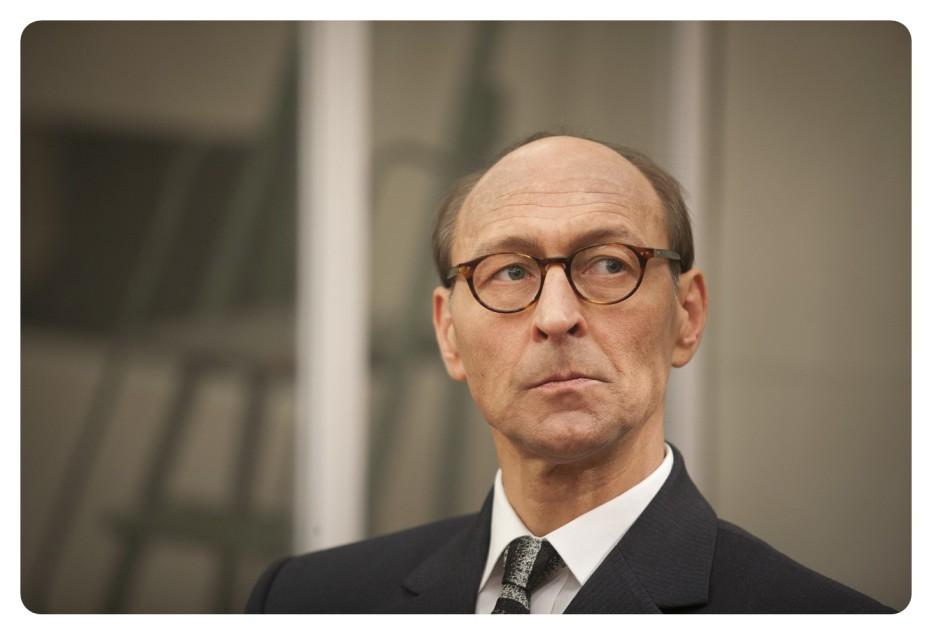 The-Eichmann-Show-2015-Paul-Andrew-Williams-004.jpg