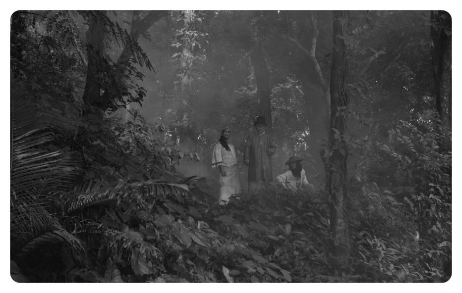 A-Lullaby-to-Sorrowful-Mystery-2016-Lav-Diaz-002.jpg