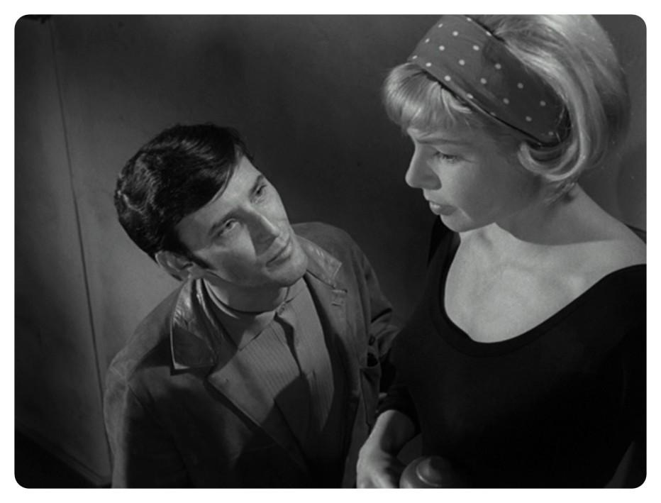 ballad-in-blue-1965-Paul-Henreid-007.jpg