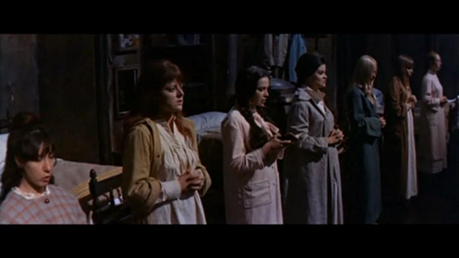 gli-orrori-del-liceo-femminile-1970-Narciso-Ib----ez-Serrador-001.jpg
