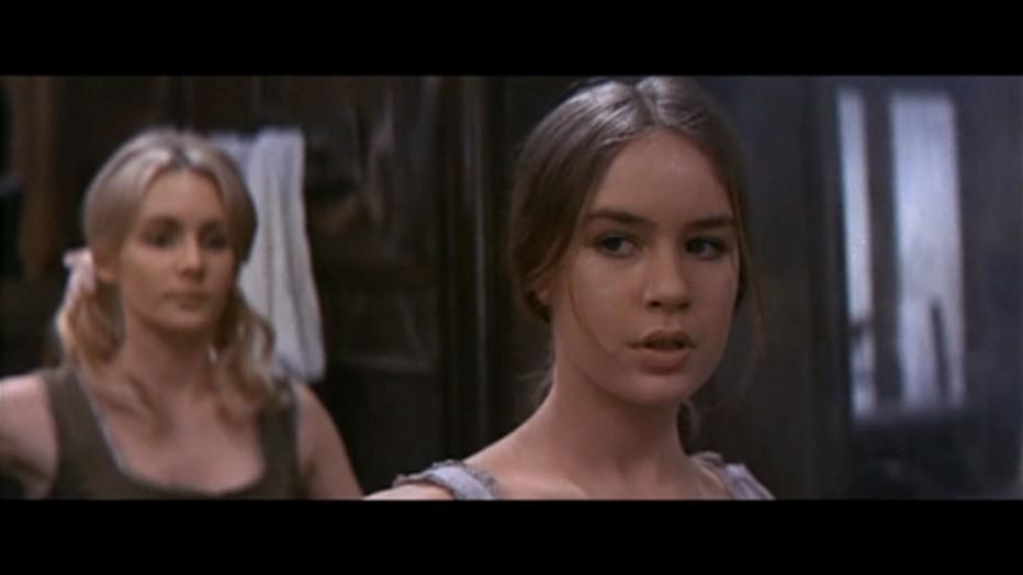 gli-orrori-del-liceo-femminile-1970-Narciso-Ib----ez-Serrador-003.jpg