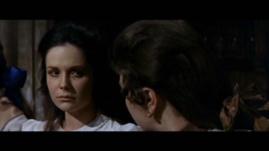 gli-orrori-del-liceo-femminile-1970-Narciso-Ib----ez-Serrador-009.jpg