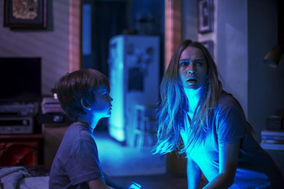 lights-out-terrore-nel-buio-2016-David-F-Sandberg-005.jpg