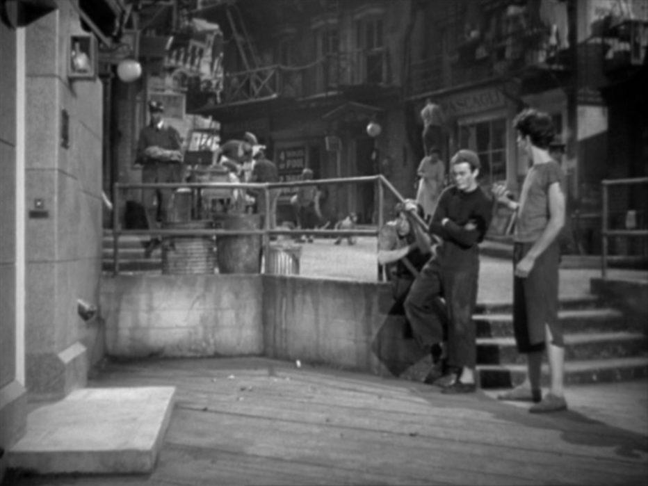 strada-sbarrata-1937-William-Wyler-021.jpg