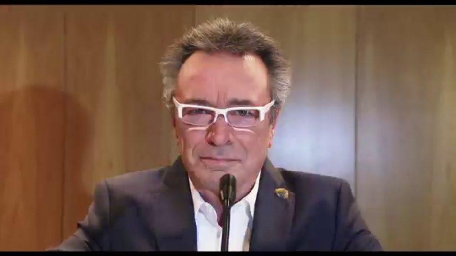 El-ciudadano-ilustre-2016-Gastón-Duprat-Mariano-Cohn-l03.jpg