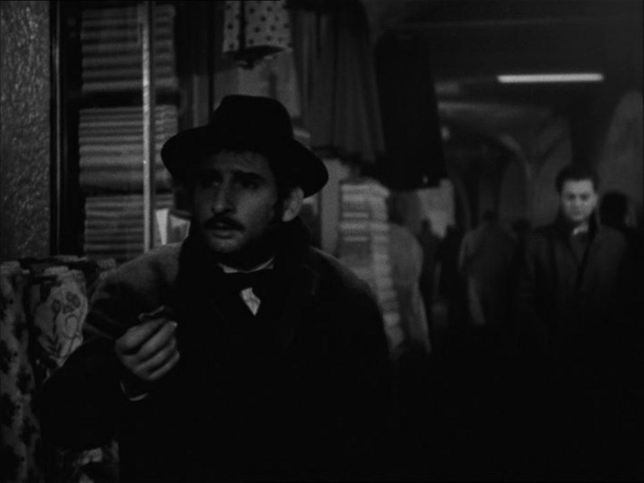 il-cappotto-1952-alberto-lattuada-08.jpg