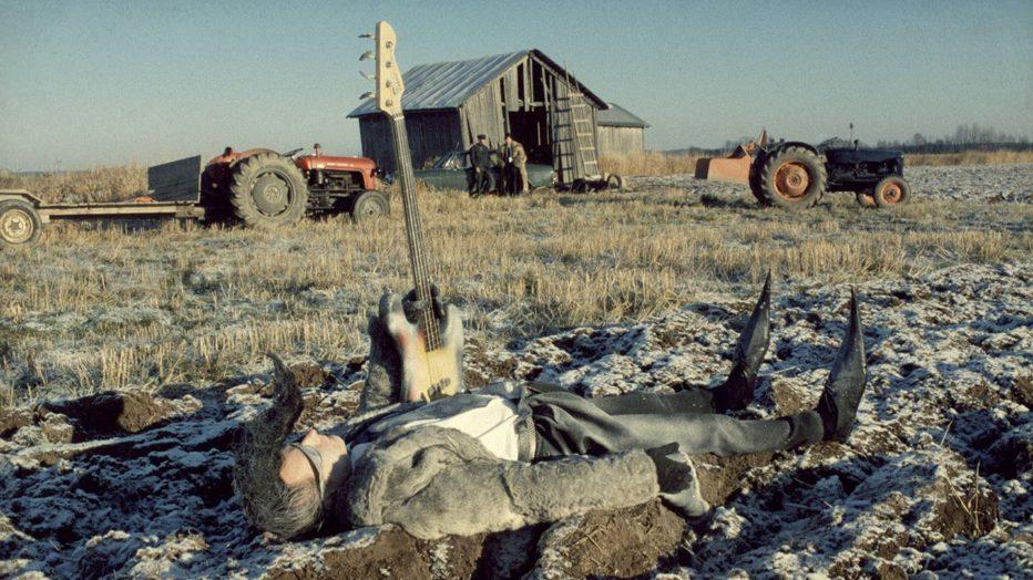 leningrad-cowboys-go-america-1989-aki-kaurismaki-03.jpg