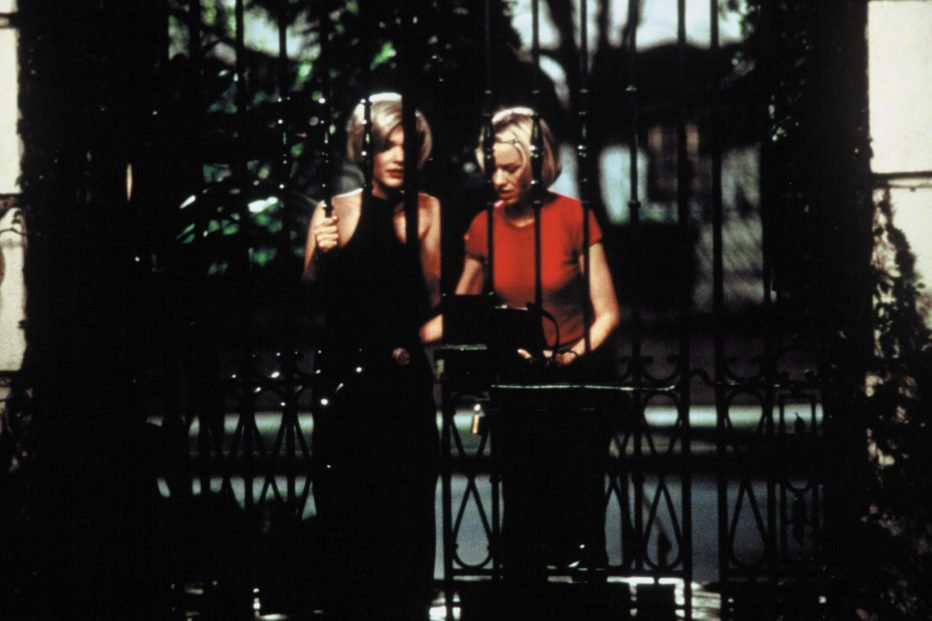 mulholland-drive-2001-david-lynch-05.jpg