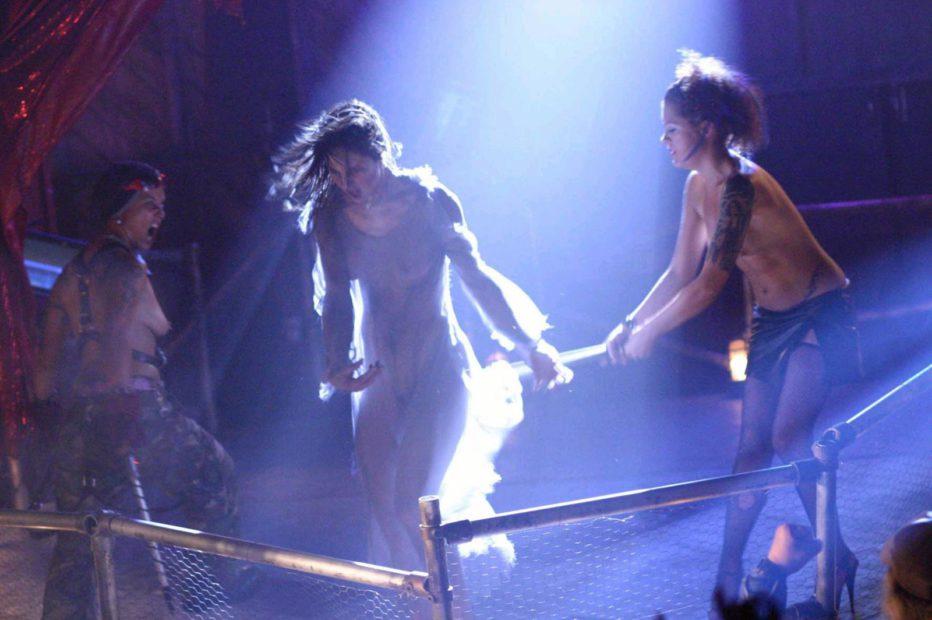 Masters-of-Horror-Dance-of-the-Dead-2005-Tobe-Hooper-04.jpg