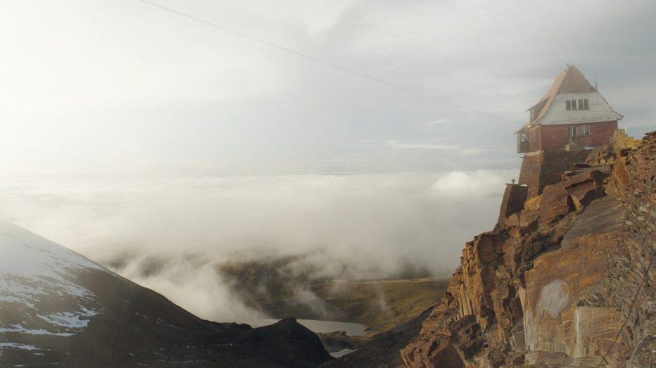 Samuel-in-the-clouds-2016-Pieter-Van-Eecke-1.jpg