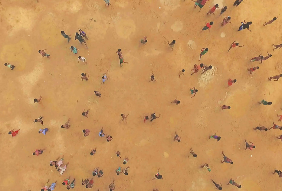 Human-Flow-2017-Ai-Weiwei-03.jpg
