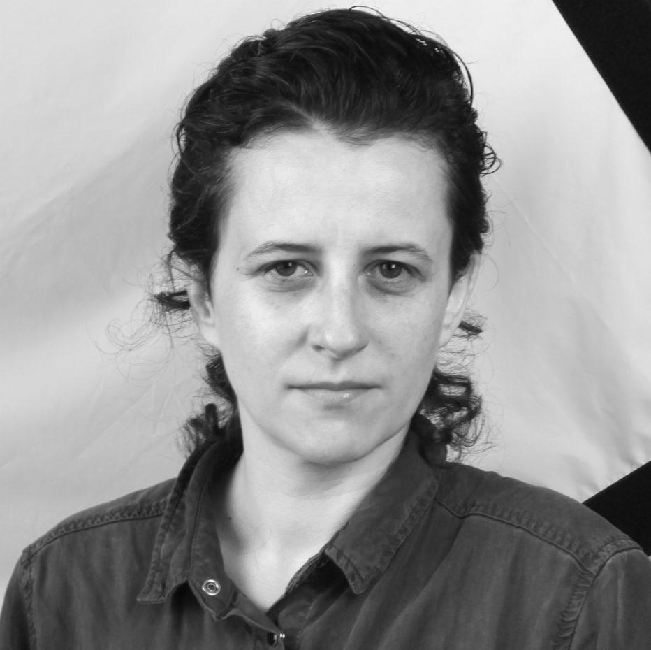 Katharina-Wyss-2017-Sarah-joue-un-loup-garou.jpg