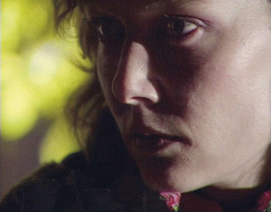 grandeur-et-decadence-d-un-petit-commerce-de-cinema-1986-jean-luc-godard-01.jpg