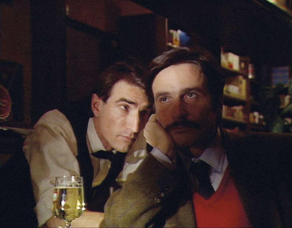 grandeur-et-decadence-d-un-petit-commerce-de-cinema-1986-jean-luc-godard-06.jpg