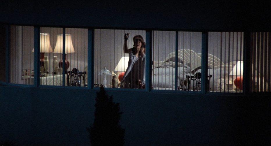 omicidio-a-luci-rosse-1984-body-double-brian-de-palma-12.jpg