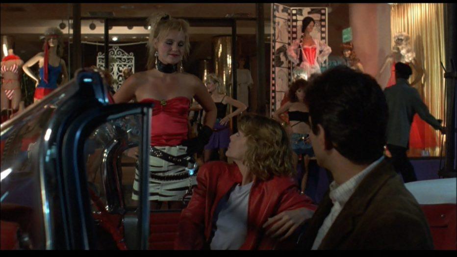 tutto-in-una-notte-1985-john-landis-into-the-night-03.jpg