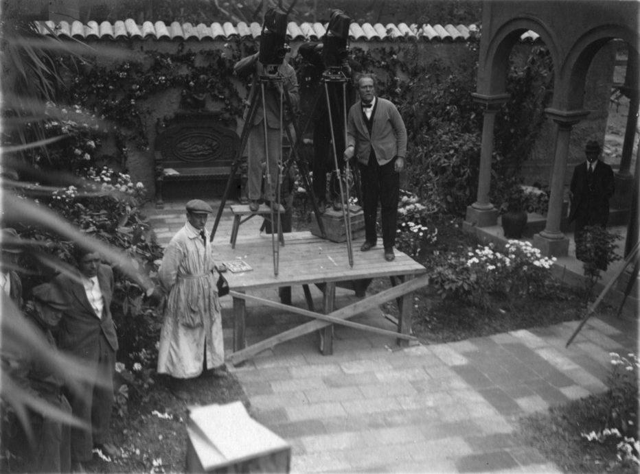 love-s-crucible-1922-Victor-Sjöström-5.jpg