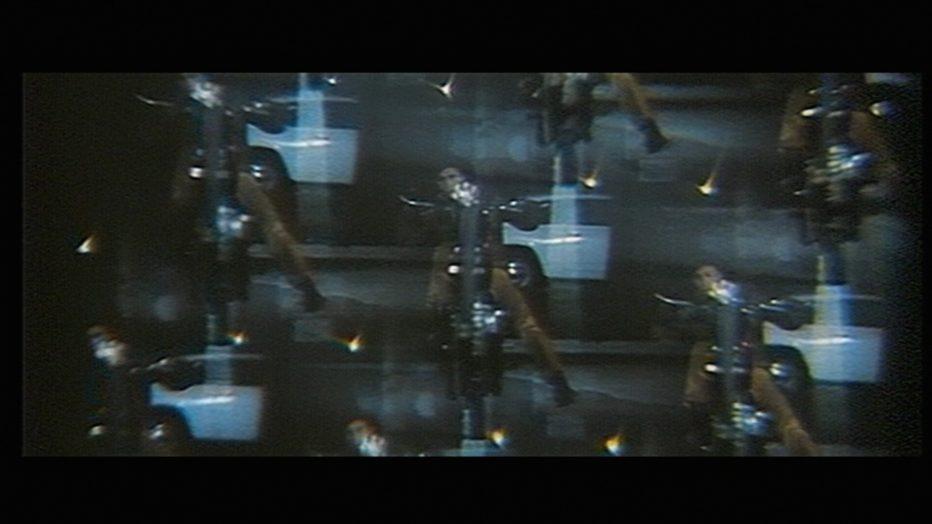 un-posto-ideale-per-uccidere-1971-umberto-lenzi-3.jpg