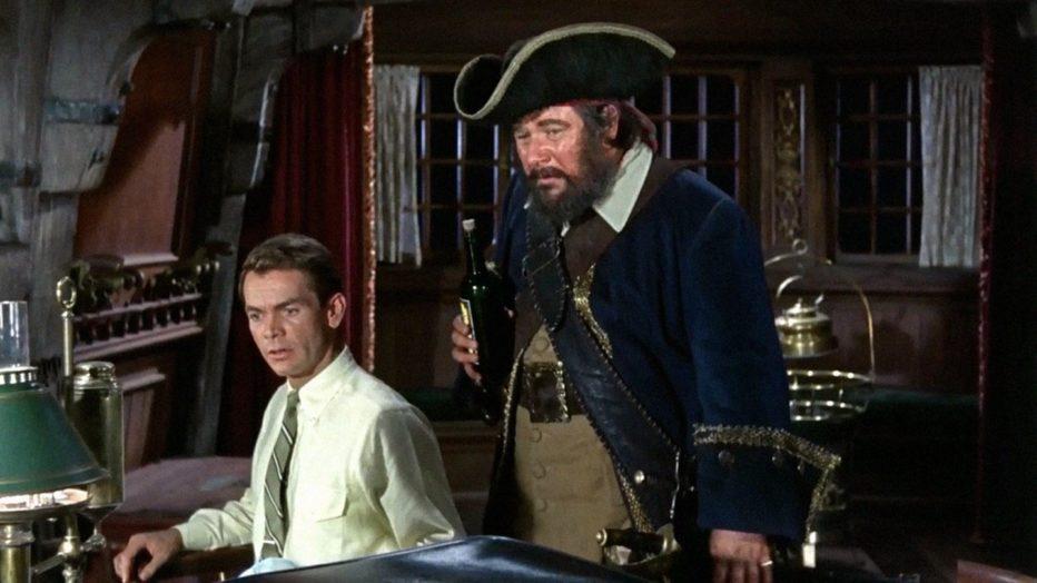 il-fantasma-del-pirata-barbanera-1968-blackbeards-ghost-robert-stevenson-peter-ustinov-dean-jones-disney-06.jpg