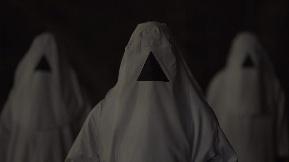 the-void-il-vuoto-2016-Jeremy-Gillespie-Steven-Kostanski-3.jpg