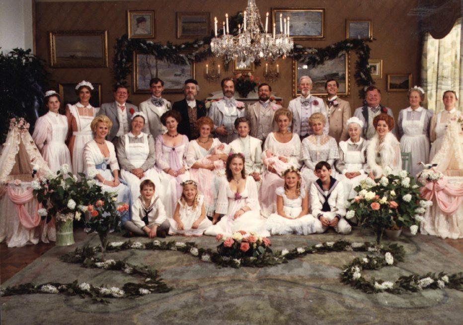 fanny-e-alexander-1982-fanny-och-alexander-ingmar-bergman-02.jpg