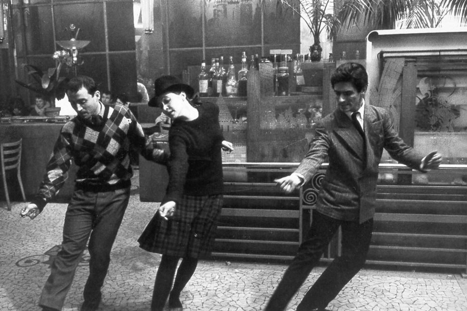 bande-a-part-1964-jean-luc-godard-07.jpg