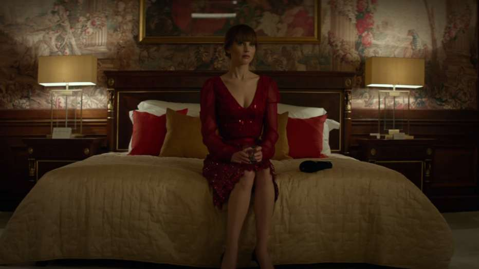 red-sparrow-2018-francis-lawrence-08.jpg