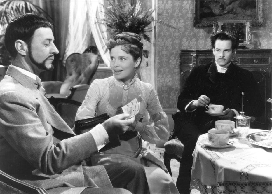 sorrisi-di-una-notte-d-estate-1955-Ingmar-Bergman-017.jpg