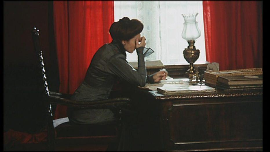 sussurri-e-grida-1972-Ingmar-Bergman-015.jpg
