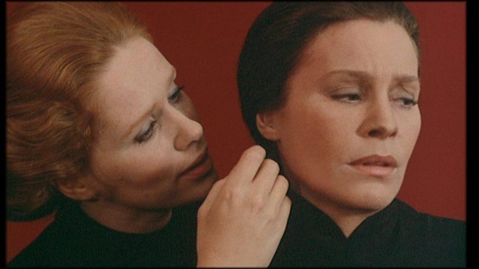 sussurri-e-grida-1972-Ingmar-Bergman-045.jpg