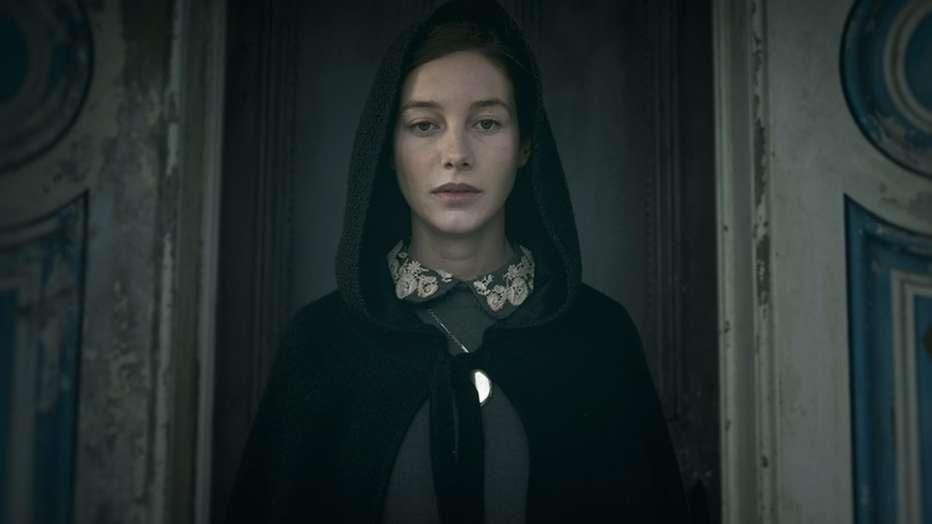 the-lodgers-2017-brian-omalley-07.jpg