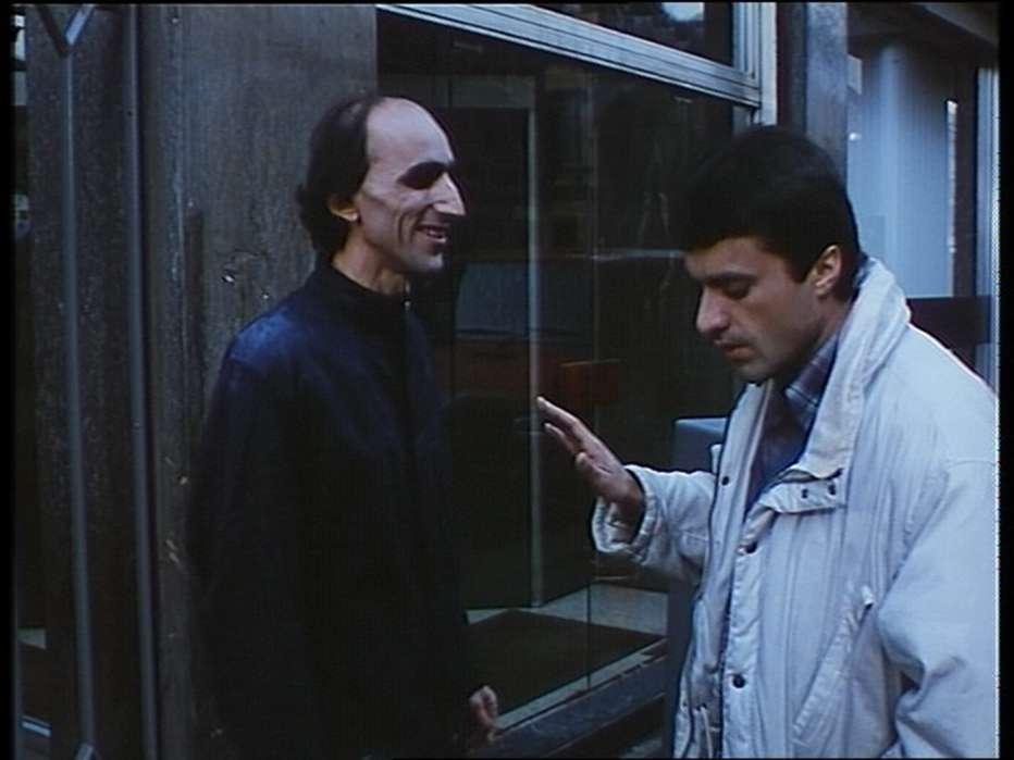 Sotto-il-ristorante-cinese-1987-Bruno-Bozzetto-002.jpg