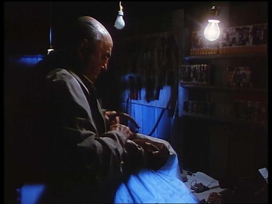 Sotto-il-ristorante-cinese-1987-Bruno-Bozzetto-007.jpg